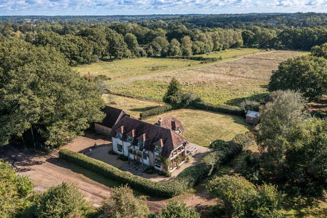 Thumbnail Cottage for sale in Monkeys Jump, West Wellow, Romsey, Hampshire