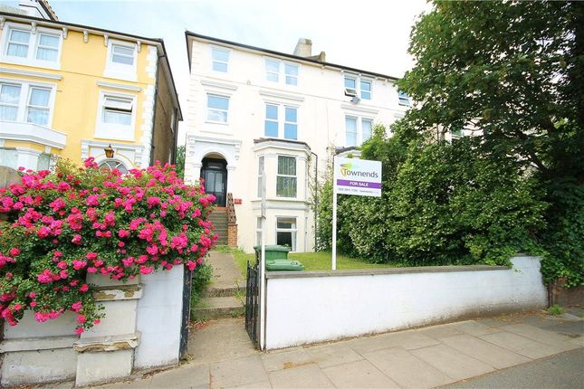 Thumbnail Flat for sale in Croydon Road, London