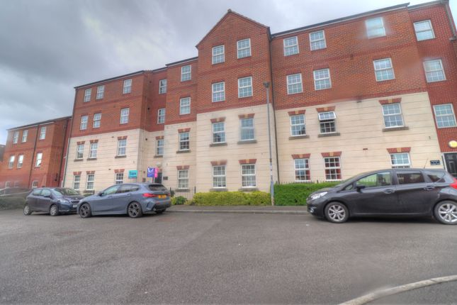 Thumbnail Flat for sale in Bradgate Close, Sileby, Loughborough