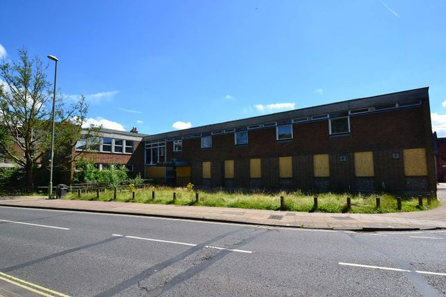 Thumbnail Office to let in Friarsgate Medical Centre, Winchester