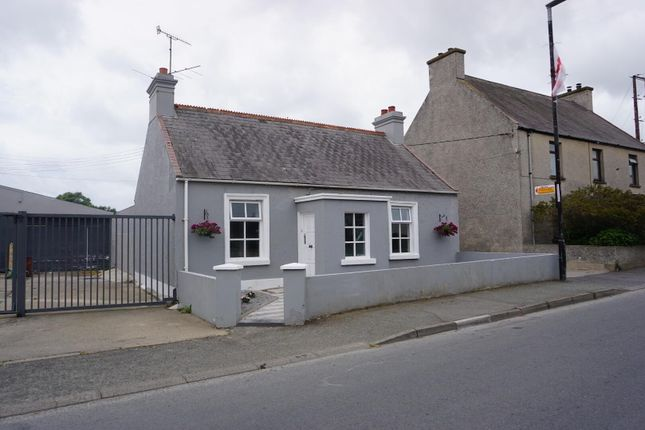 4 bed bungalow for sale in Main Street, Annlong BT34