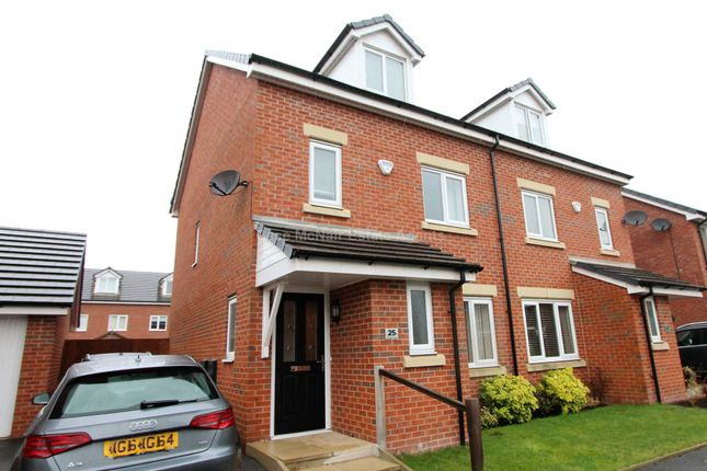 Thumbnail Semi-detached house to rent in Cottonfields, Manchester