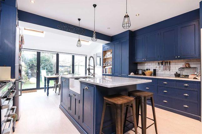 4 bed property for sale in Eswyn Road, London