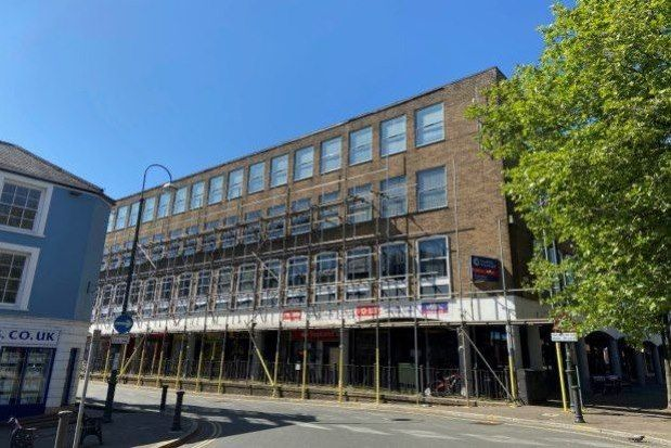 Thumbnail Flat to rent in 3 Red Street, Carmarthen