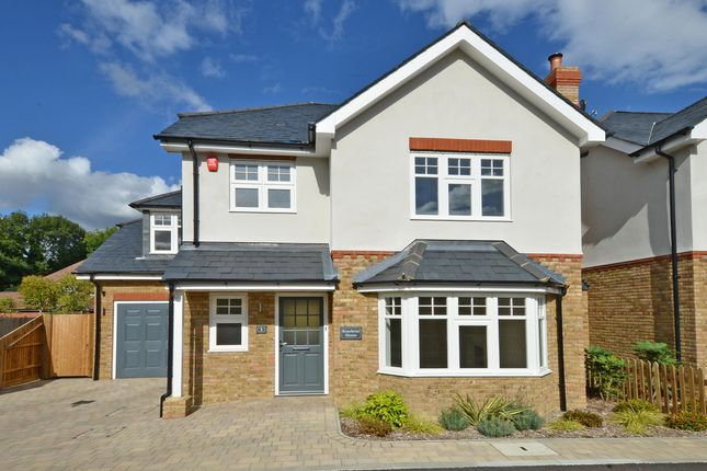5 bedroom detached house for sale in Fernwood Place, Esher