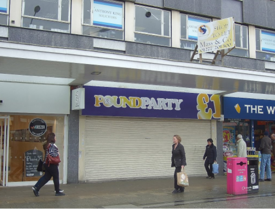 Thumbnail Retail premises to let in Town Square, Basildon, Essex
