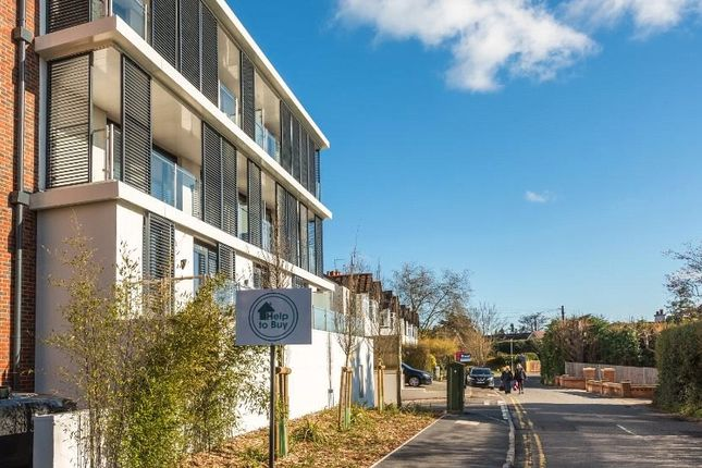 Thumbnail Flat for sale in Optimal House, 49 Station Road, Gerrards Cross