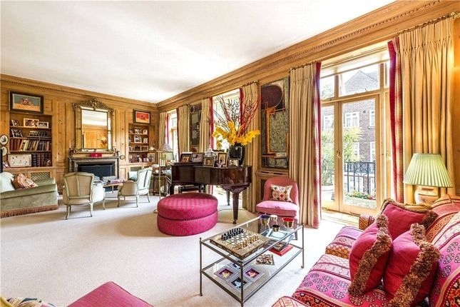 Thumbnail Terraced house for sale in Gloucester Square, Hyde Park