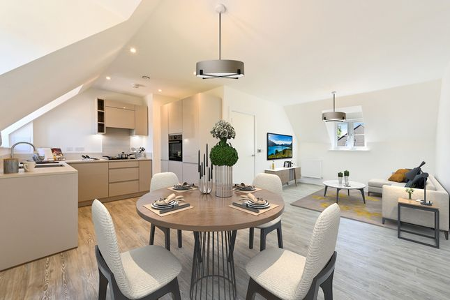 2 bed flat for sale in De Burgh Gardens, Tadworth KT20