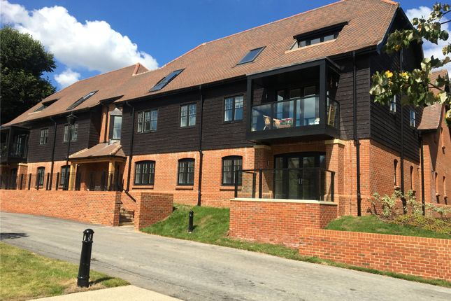 Thumbnail Flat for sale in Nightingale Hall, Stanbridge Lane, Awbridge, Romsey
