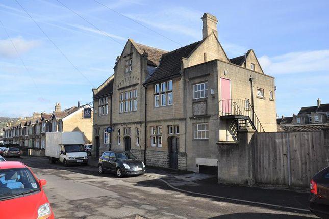 Thumbnail Pub/bar to let in Victoria Public House, Millmead Road, Bath, Somerset