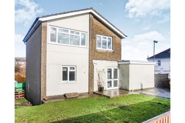 Thumbnail Detached house for sale in Pantydwr, Tredegar