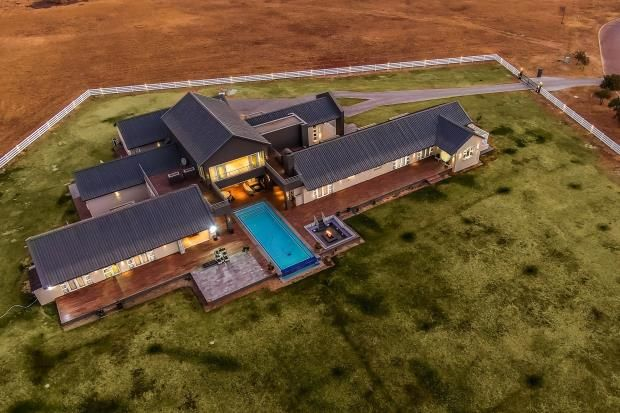 Thumbnail Country house for sale in Kincardine Estate, Zinnia Road, Kyalami Ah, 1684
