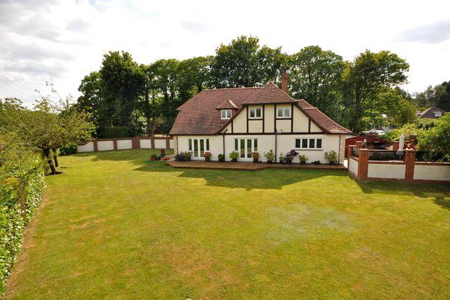Thumbnail Detached house for sale in Gravesend Road, Wrotham, Sevenoaks