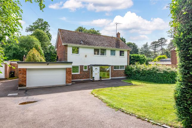 Thumbnail Detached house to rent in Crownfields, Sevenoaks, Kent