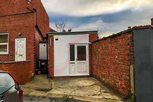 Office to let in Highfield Road, Doncaster