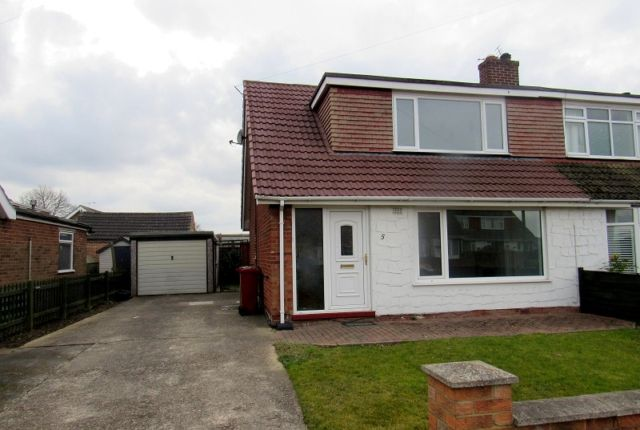 Thumbnail Bungalow to rent in Mayflower Close, South Killingholme, Immingham