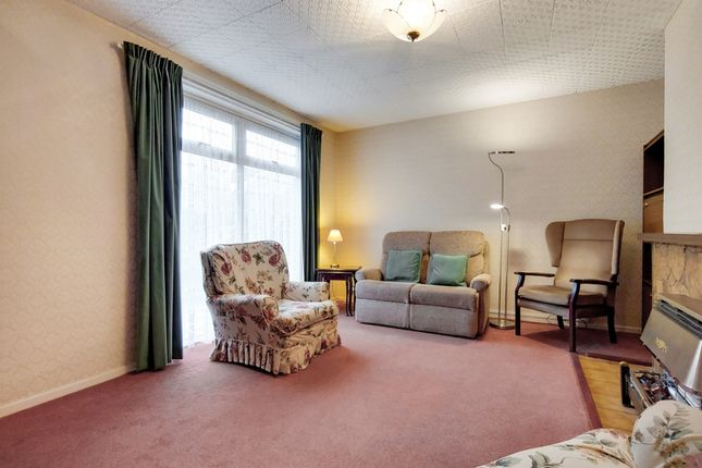 End terrace house for sale in Pringle Gardens, London