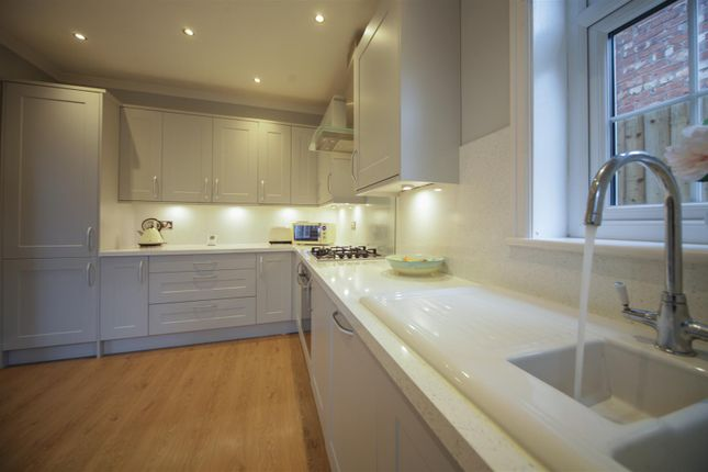 Fitted Kitchen of Ilford Avenue, Crosby, Liverpool L23