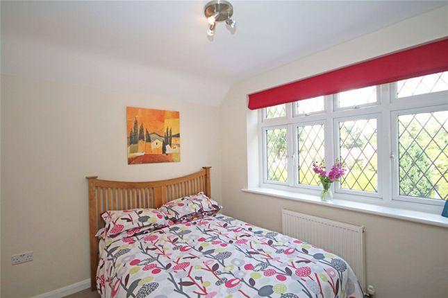 Picture No. 14 of Addlestone, Surrey KT15