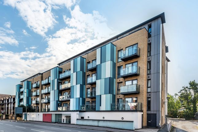2 bed flat for sale in Homesdale Road, Bromley BR2