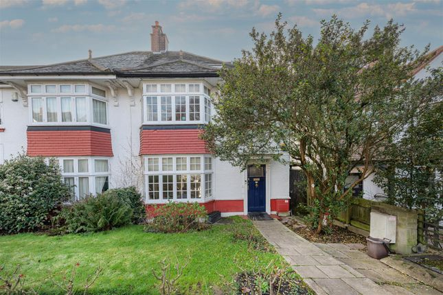 5 bed property for sale in Langbourne Avenue, Highgate, London N6