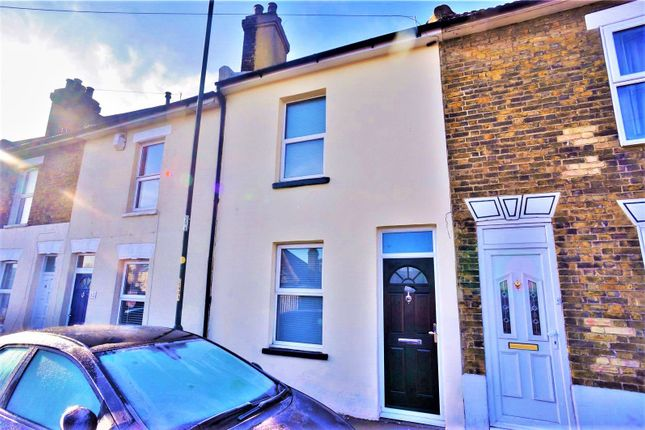 Thumbnail Terraced house to rent in Charles Street, Rochester, Kent