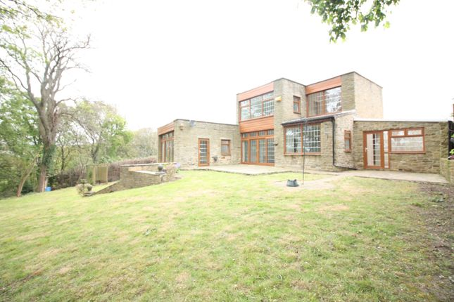Thumbnail Detached house for sale in New Close Road, Shipley