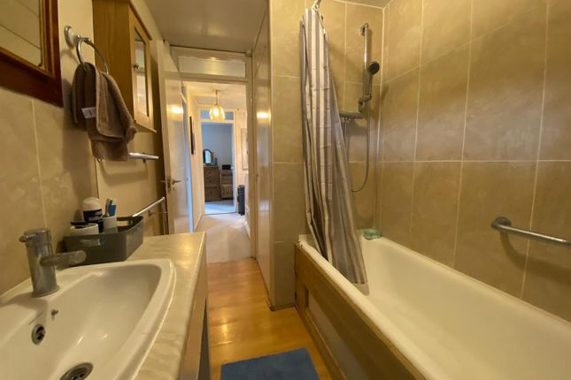 Bathroom of Logan Close, Hounslow TW4