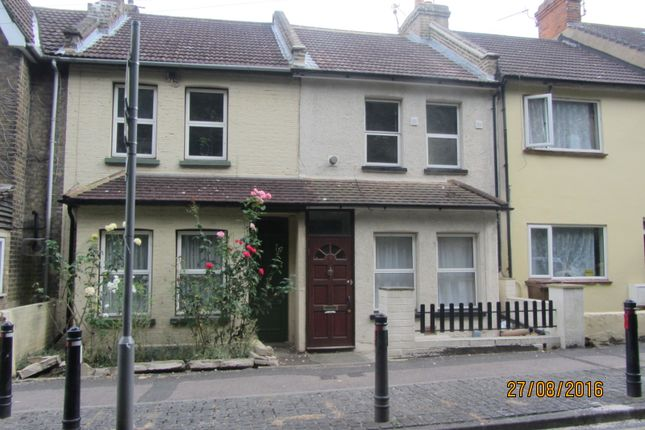 Thumbnail Terraced house to rent in Boundary Road, Chatham, Kent