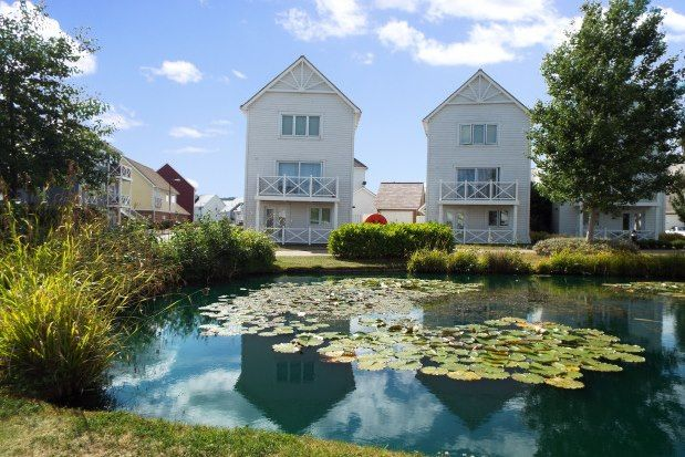 4 bed town house to rent in Poynder Drive, Snodland ME6