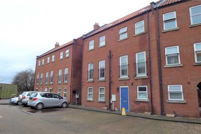 3 bed flat for sale in Willoughby Road, Boston PE21