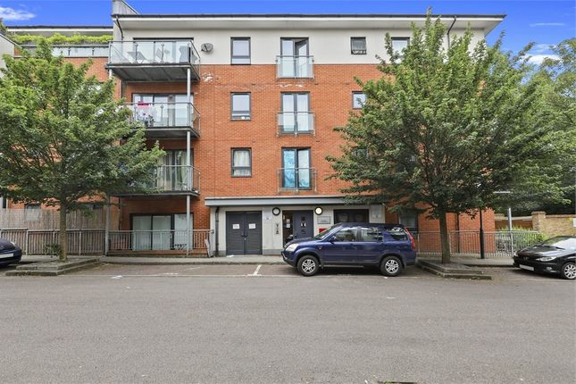 Thumbnail Flat for sale in Rosse Gardens, Desvignes Drive, London