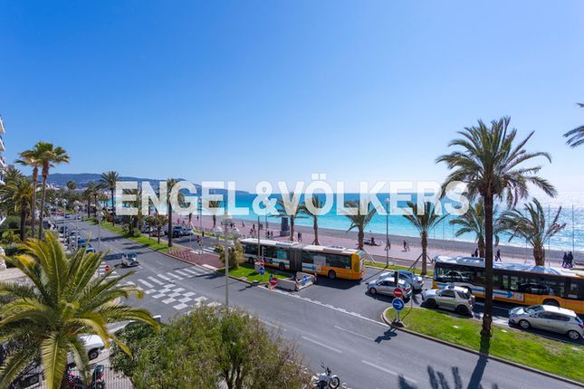 2 bed apartment for sale in Nice, France