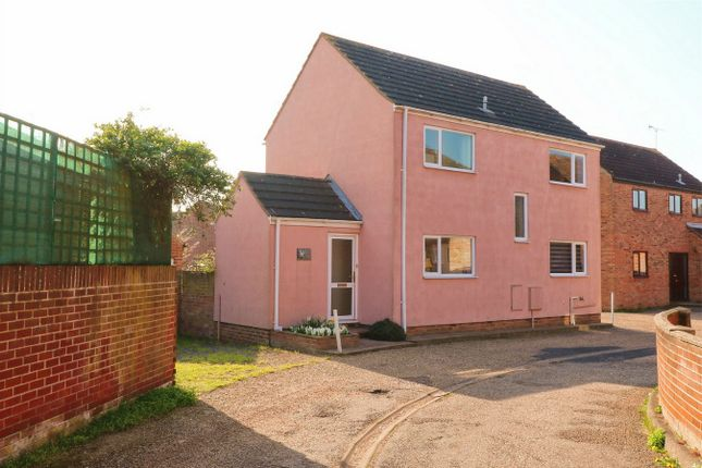 Thumbnail Detached house for sale in Rosetta Close, Wivenhoe, Essex