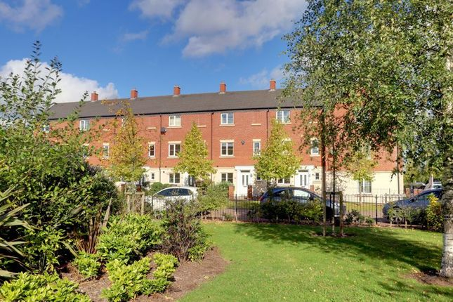 3 bed town house for sale in Agincourt Road, Lichfield WS14
