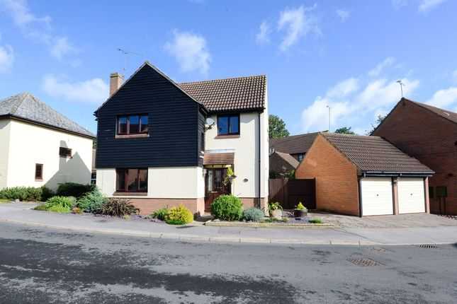 Thumbnail Detached house for sale in Normansfield, Dunmow