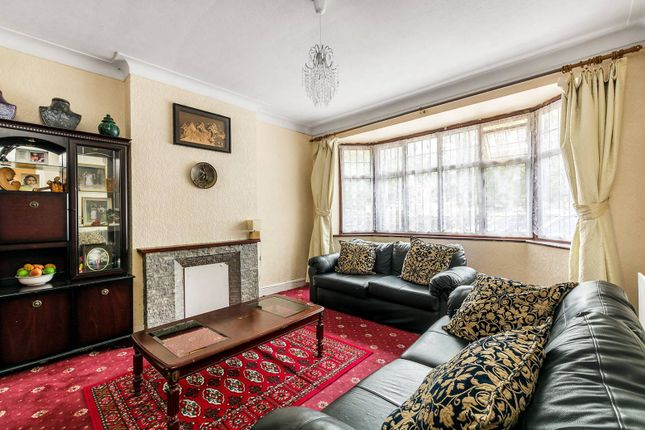 Thumbnail Property for sale in Bath Road, Hounslow