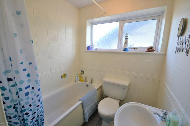 Family Bathroom of Abbey Road, Tyldesley, Manchester M29
