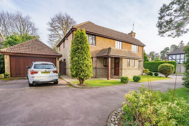 Thumbnail Detached house for sale in Havering Close, Tunbridge Wells
