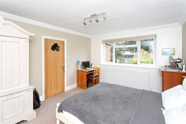 Picture No. 11 of Hyde Lane, Nash Mills, Hemel Hempstead HP3