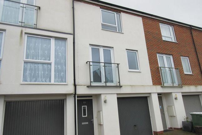 3 bed property to rent in Alcock Crescent, Crayford, Dartford DA1