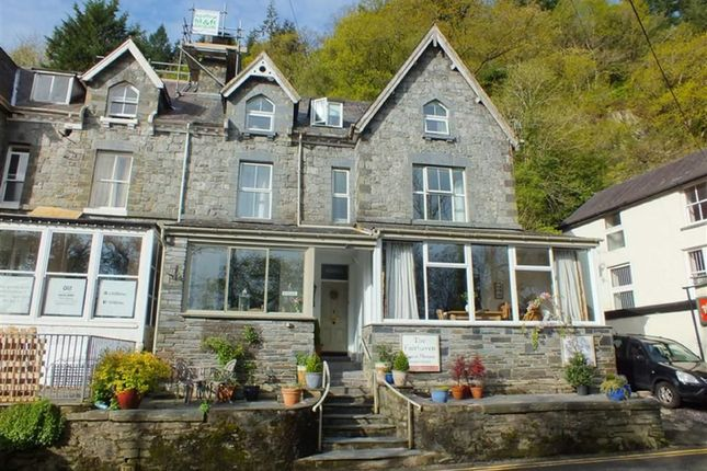 Thumbnail Cottage for sale in Holyhead Road, Betws-Y-Coed