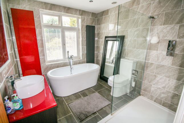 Bathroom of Shrub End Road, Colchester CO3