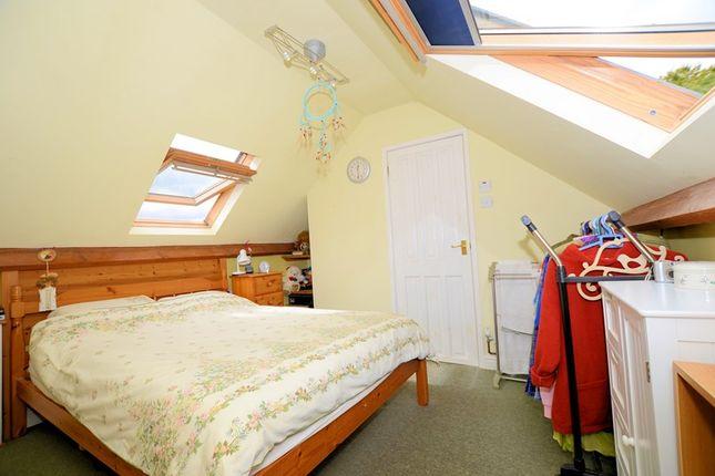 Bedroom-1 of Tamar Avenue, Tavistock PL19