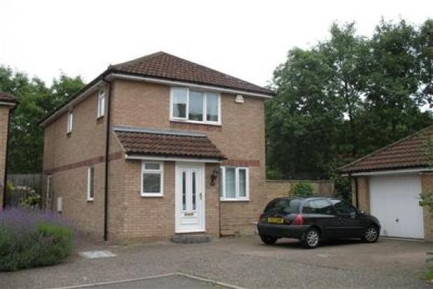 Thumbnail Property to rent in Tinsley Close, Crawley