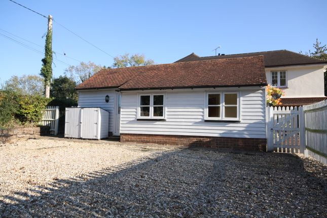 Thumbnail Cottage to rent in Millwood Lane, Maresfield, Uckfield