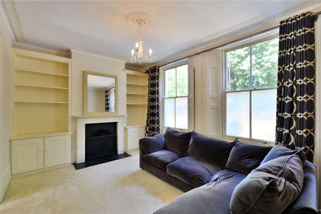 Flat to rent in Old Ford Road, London