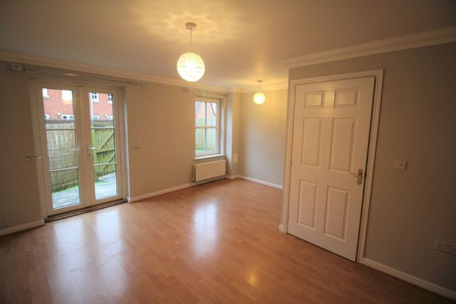 Thumbnail Semi-detached house to rent in Tollbraes Road, Bathgate, West Lothian