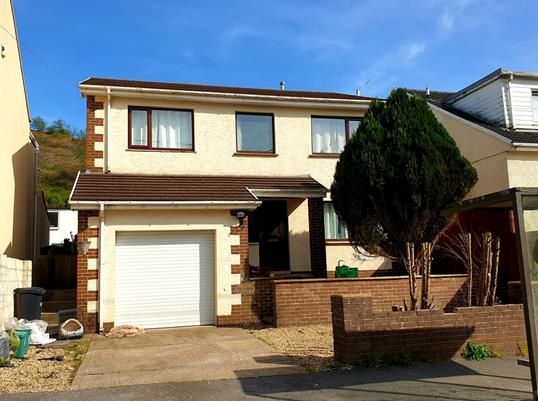 Thumbnail Detached house to rent in Tonmawr Road, Tonmawr, Port Talbot